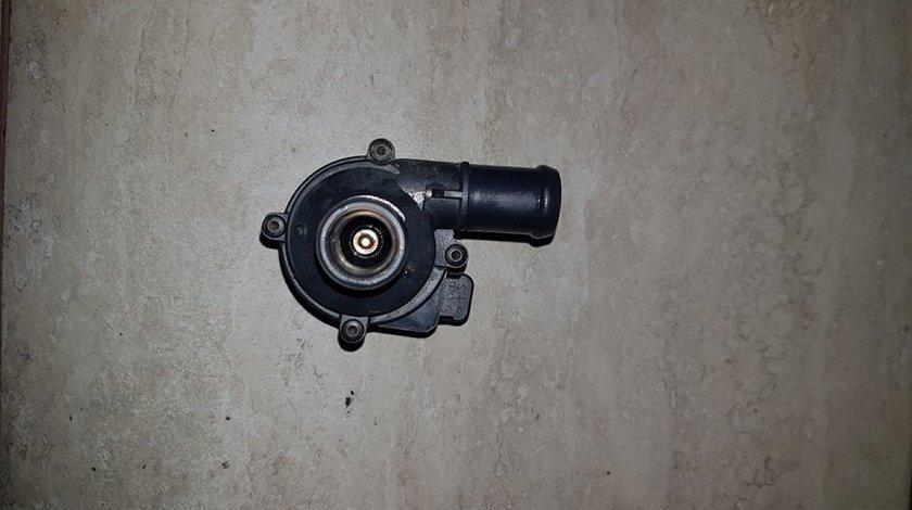 Pompa recirculare apa 5q0965561b audi a4 b8 2.0 tdi cnhc 163 cai