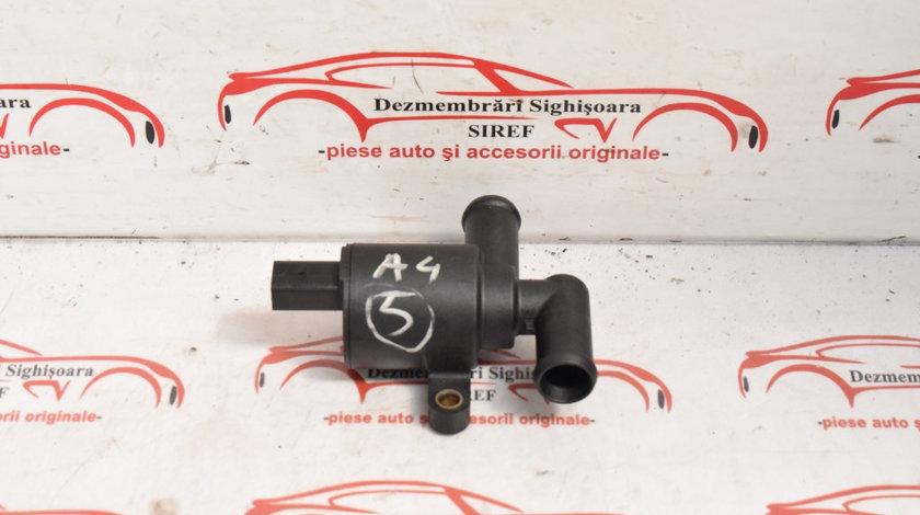 Pompa recirculare apa Audi A4 B8 2.0 TDI CGL 4H0121671B 5