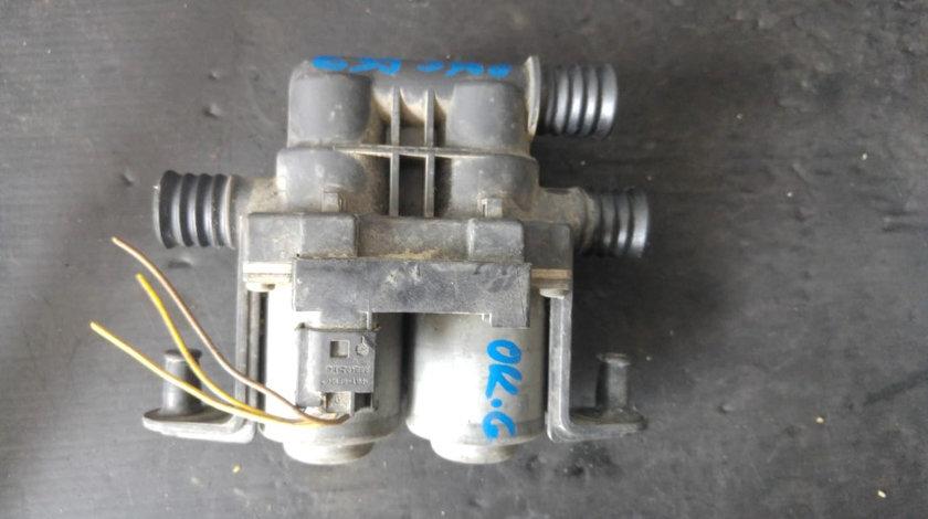 Pompa recirculare apa bmw seria 5 e39 530 break 1147412137 8374995