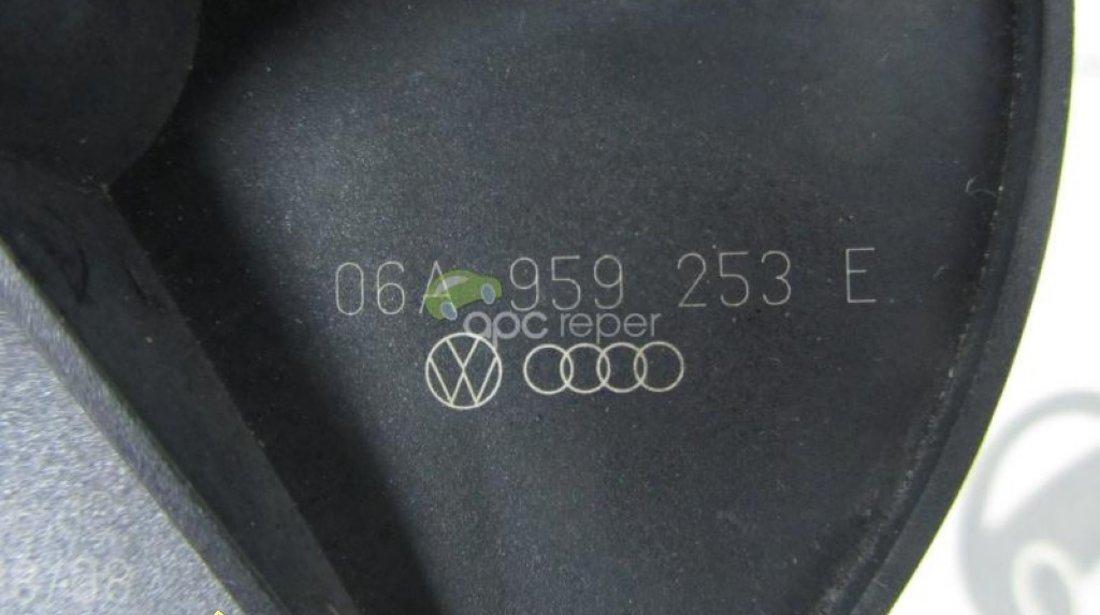 Pompa Secundara Aer Audi A3 A4 A6 A8 Q7 Originala cod 06A959253E
