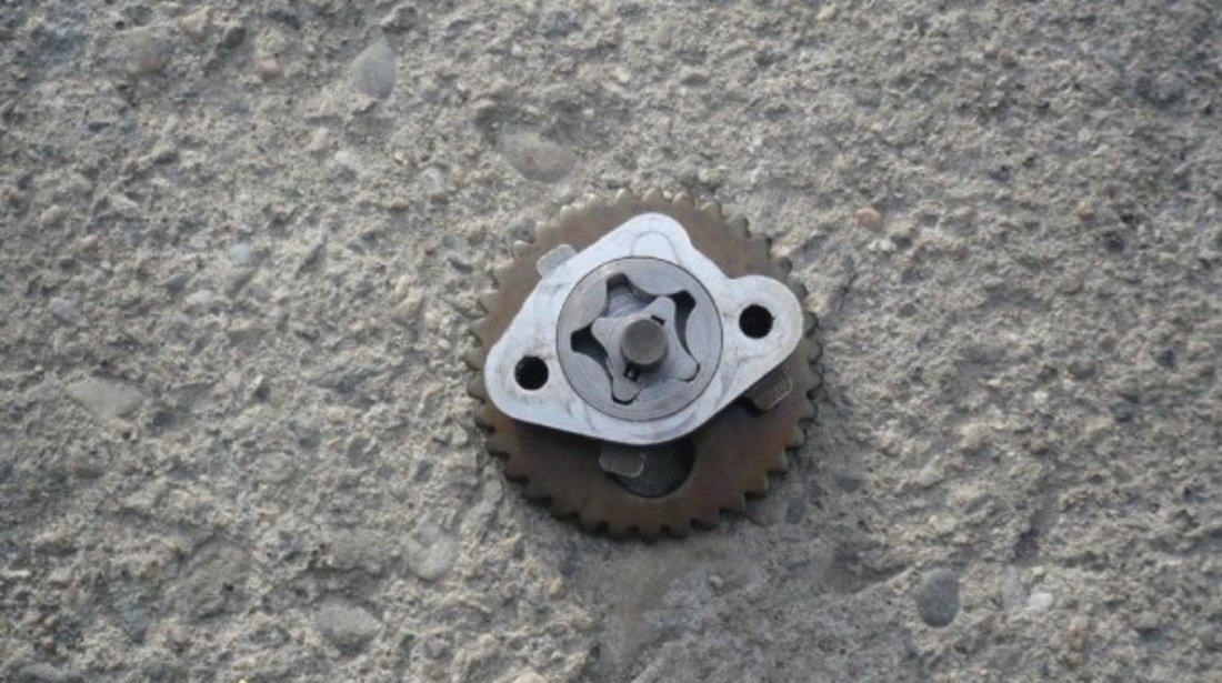 Pompa Ulei Aprilia Leonardo 125 150 Cm Aprilia Scarabeo 125 cm