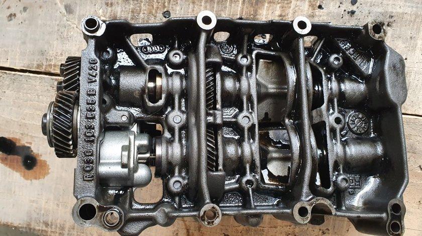 Pompa ulei AUDI A4 B8 A5 Q5 2.0 TDI CAG CAH 2008 2009 2010 2011