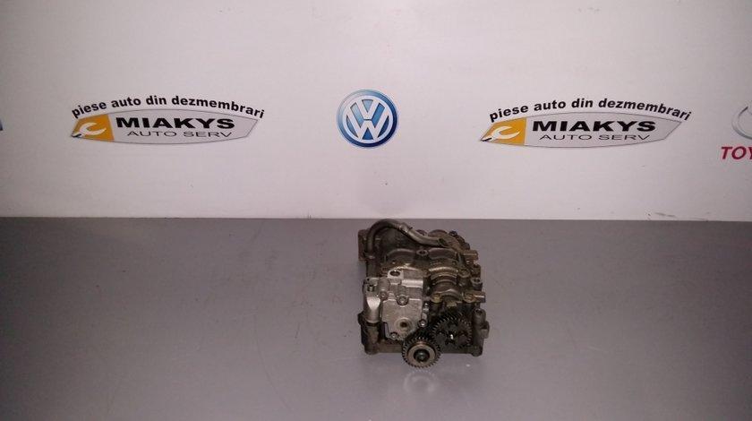 Pompa ulei Audi A4 B8 motor CAG 2008-2012