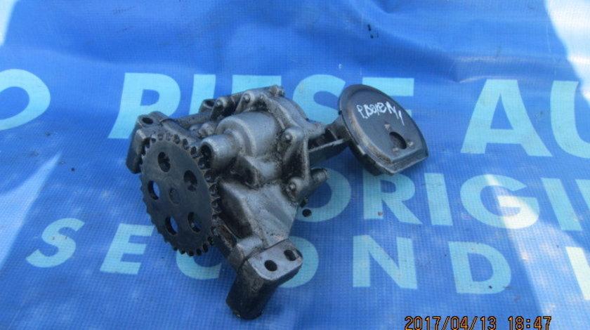 Pompa ulei Peugeot Boxer 1.9td ;32870663234