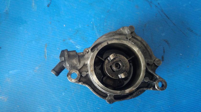 Pompa vacuum 3.0 d m57d30 bmw serie 3 e46 serie 5 e60 serie 7 e65 e66 e67 x3 e83 x5 e53