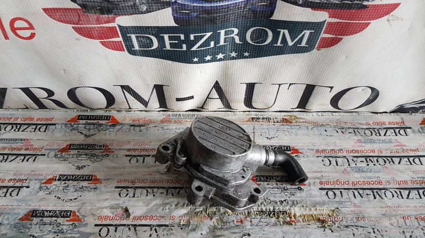 Pompa vacuum Audi A3 8L 1.9 TDi 90 cai motor ALH cod piesa : 038145101B