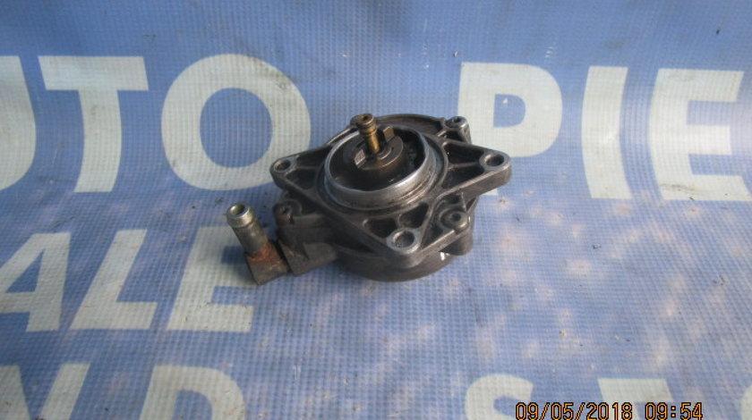 Pompa vacuum Audi A4 2.5tdi Quattro ; 7221850