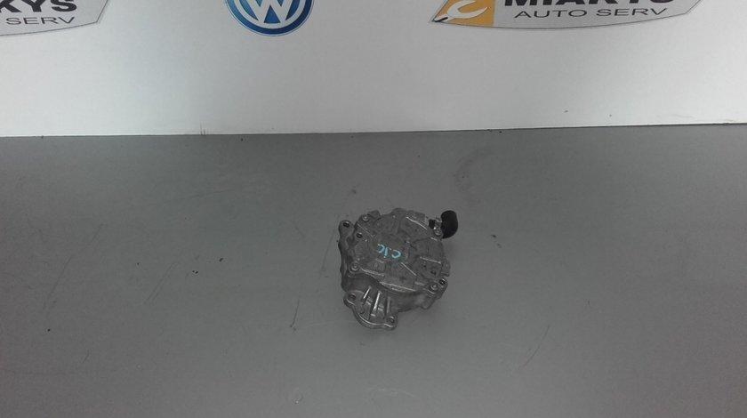 Pompa vacuum Audi A4 B8