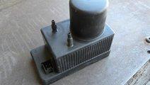 Pompa vacuum inchidere centralizata Mercedes C-cla...