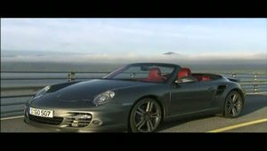 Porsche 911 Turbo Cabrio in detaliu
