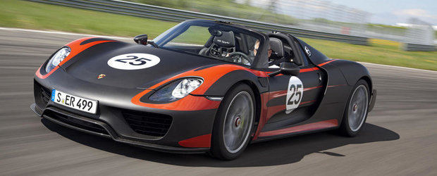 Porsche 918 Spyder va costa 650.000 de euro