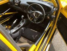 Porsche Boxster transformat in Peugeot 205