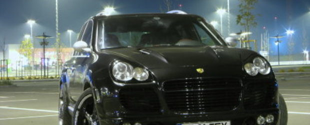 Porsche Cayenne S - Are you looking at me?