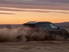 Porsche Taycan Cross Turismo - Noi poze