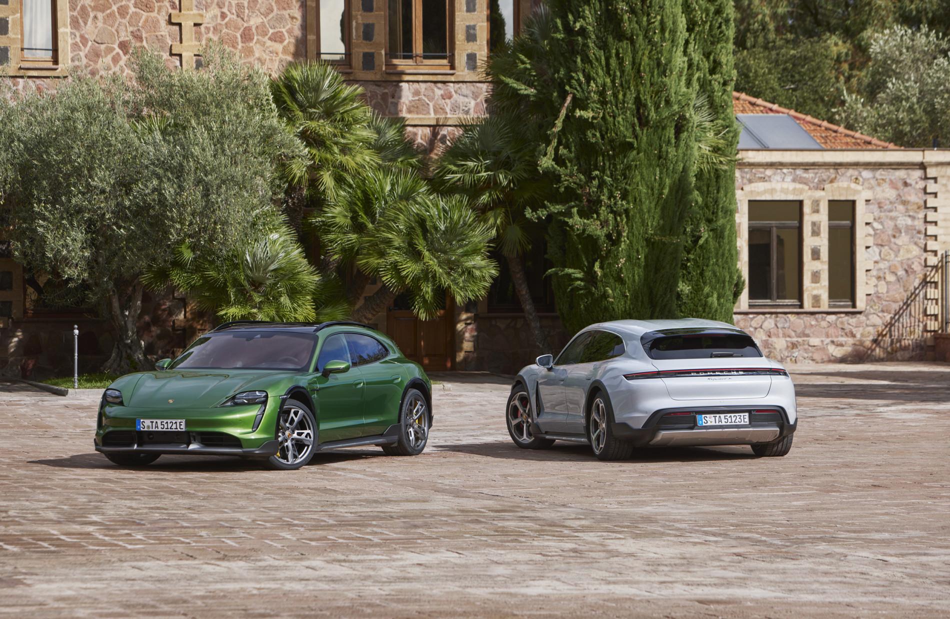 Porsche Taycan Cross Turismo - Porsche Taycan Cross Turismo