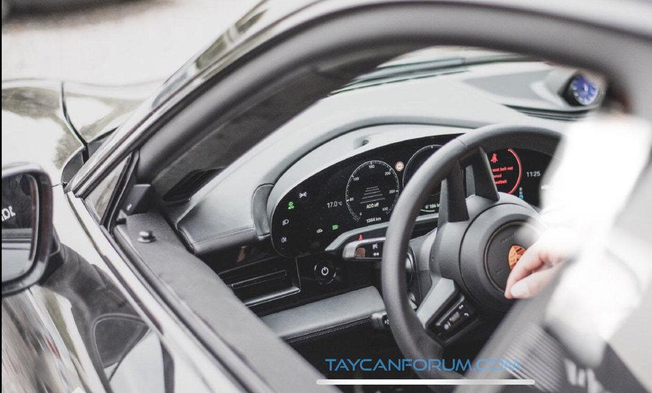Porsche Taycan - Poze spion