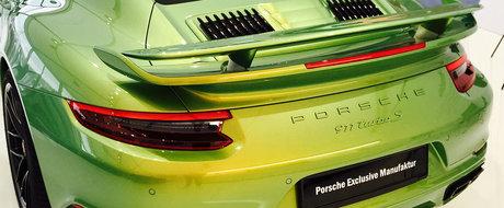 Porsche-ul asta a uimit internetul. Numai culoarea exterioara costa peste 80.000 de euro