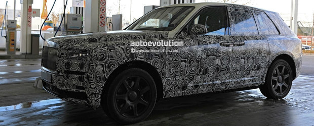 Potentialii clienti il vor cunoaste inaintea tuturor. Cand se lanseaza primul SUV din istoria Rolls-Royce