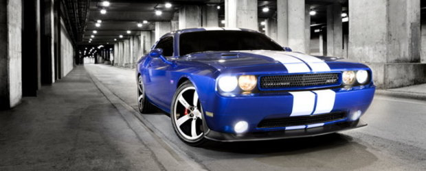 Power to the People: Noul Dodge Challenger SRT8 392 vine cu 470 CP!