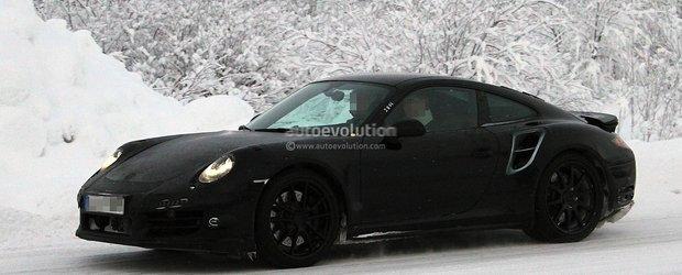 Poze spion cu Porsche 911 Turbo 2013