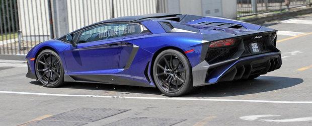 Poze Spion: Noul Aventador SV Roadster isi etaleaza formele pe strazile Italiei