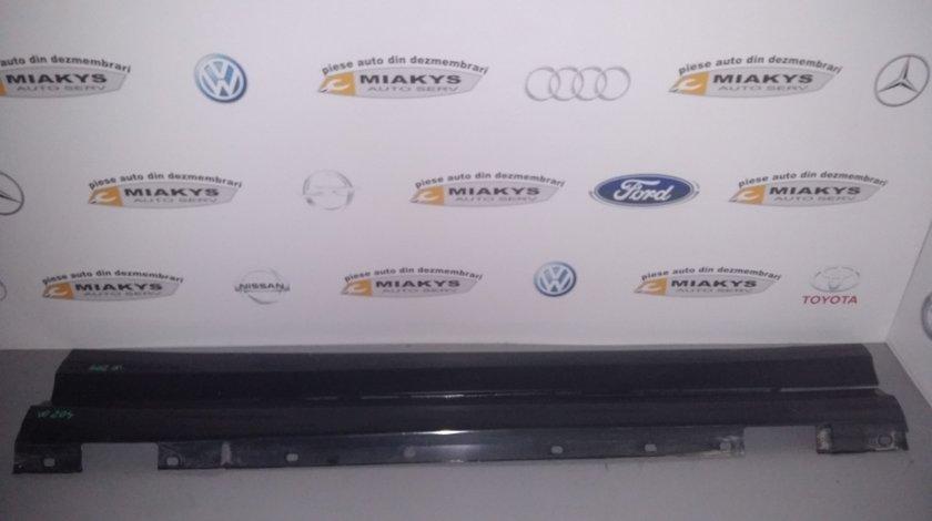 Praguri Mercedes W204
