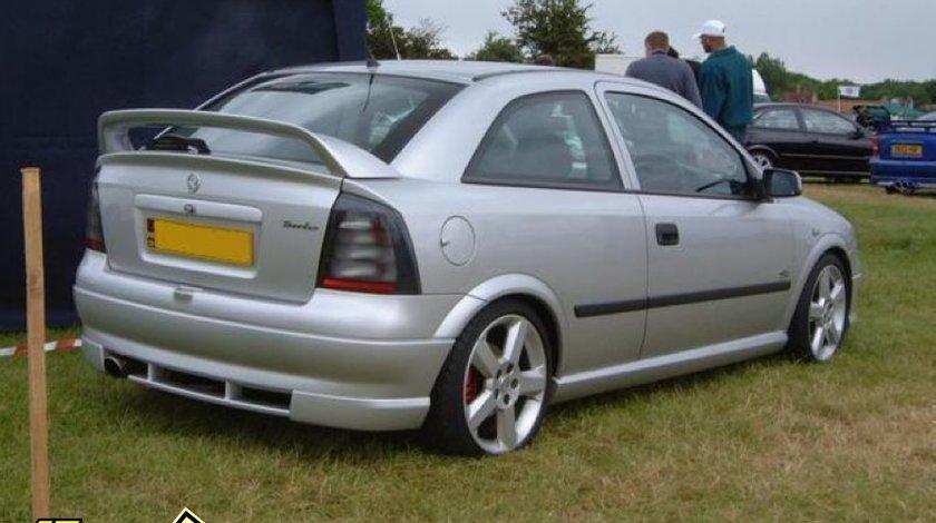 Praguri Opel Astra G OPC Coupe Bertone