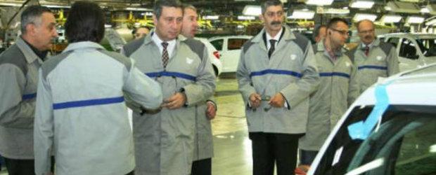 Prefectul si subprefectul de Arges au vizitat Uzinele Dacia