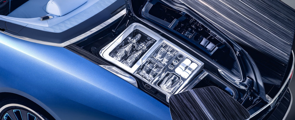 Pregateste-te sa ramai cu gura cascata: Rolls-Royce prezinta Boat Tail, cea mai scumpa masina noua construita vreodata!
