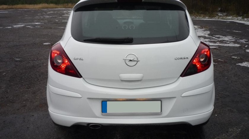 Prelungire spoiler extensie fusta bara spate Opel Corsa D OPC Line