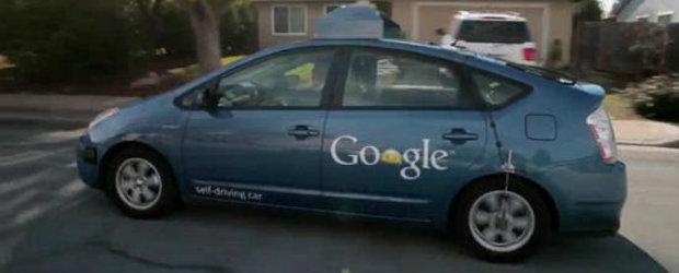 Premiera in SUA: A fost inmatriculat primul vehicul Google care se conduce singur