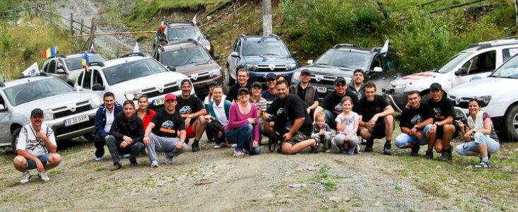 Premiera la Rucar: Reuniunea proprietarilor de Dacia Duster din Romania