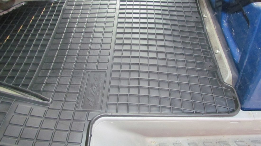 Presuri cauciuc covorase Mercedes Sprinter si VW Crafter 2006 - 2018