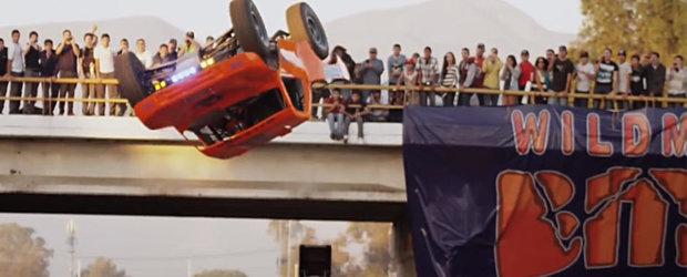 Prima rasucire la 360 de grade cu o masina: filmul complet