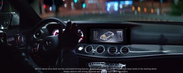 Prima reclama a noului Mercedes E-Class promoveaza capacitatea acestuia de a se conduce singur
