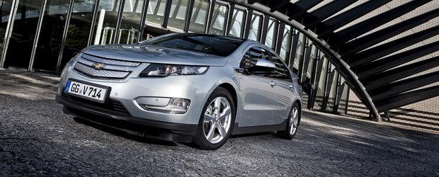 Primele autovehicule Chevrolet Volt din Franta au fost achizitionate de Ambasada SUA