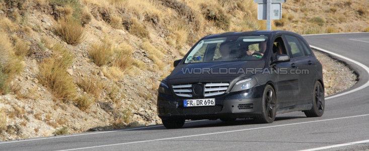 Primele fotografii spion cu Mercedes B-Class AMG!