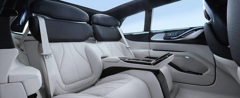 Primele imagini oficiale au fost publicate chiar acum: Mercedes S-Class nu mai este masina cu cel mai spectaculos interior!