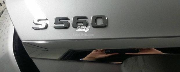 Primele imagini reale cu noul Mercedes S-Class. Limuzina germana a fost pozata complet necamuflata