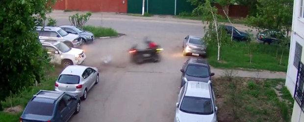 Probabil cel mai ciudat accident de ATV vazut pana acum.