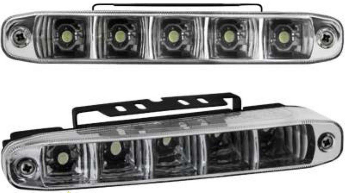 Proiectoare LED lumini de zi DRL