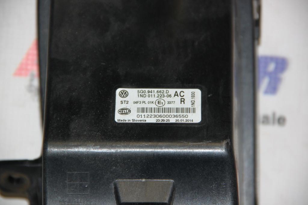 Proiector dreapta VW Golf 7 cod: 5G0941662D model 2014