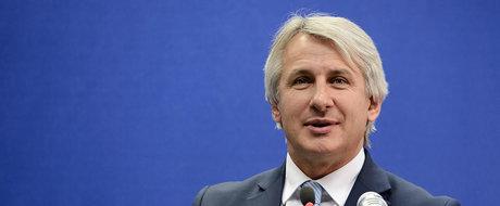 """Promisiuni de la ministrul Finantelor: """"Oamenii vor primi inapoi banii pe TAXA AUTO cat se poate de repede!"""""""