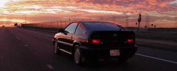 Proprietarul unui model Honda CRX din 1987 ne spune povestea masinii