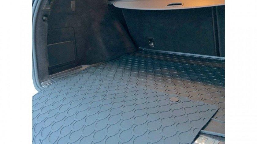 Protectie spoiler spate DoggyMat Big 85x65 pentru Protectie portbagaj din cauciuc Rubbasol, marca Gledring
