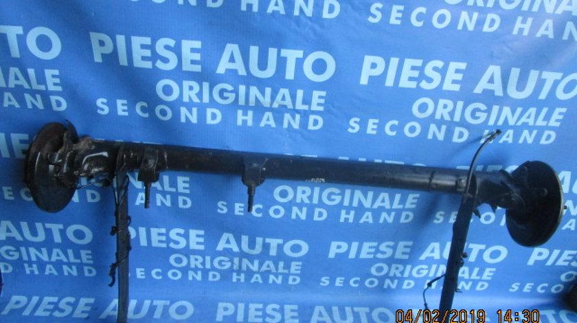 Punte spate Nissan Almera 1.5i (pe discuri, cu ABS)