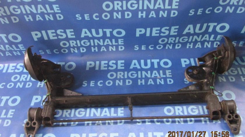Punte spate VW Passat B5 1.9tdi (bucsa defecta la suport stanga)