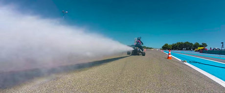 Puterea apei sub presiune: 0-100 in doar 0,5 secunde cu o motocicleta