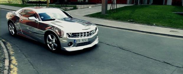 Puterea de a seduce: Chevrolet Camaro SS in haine cromate