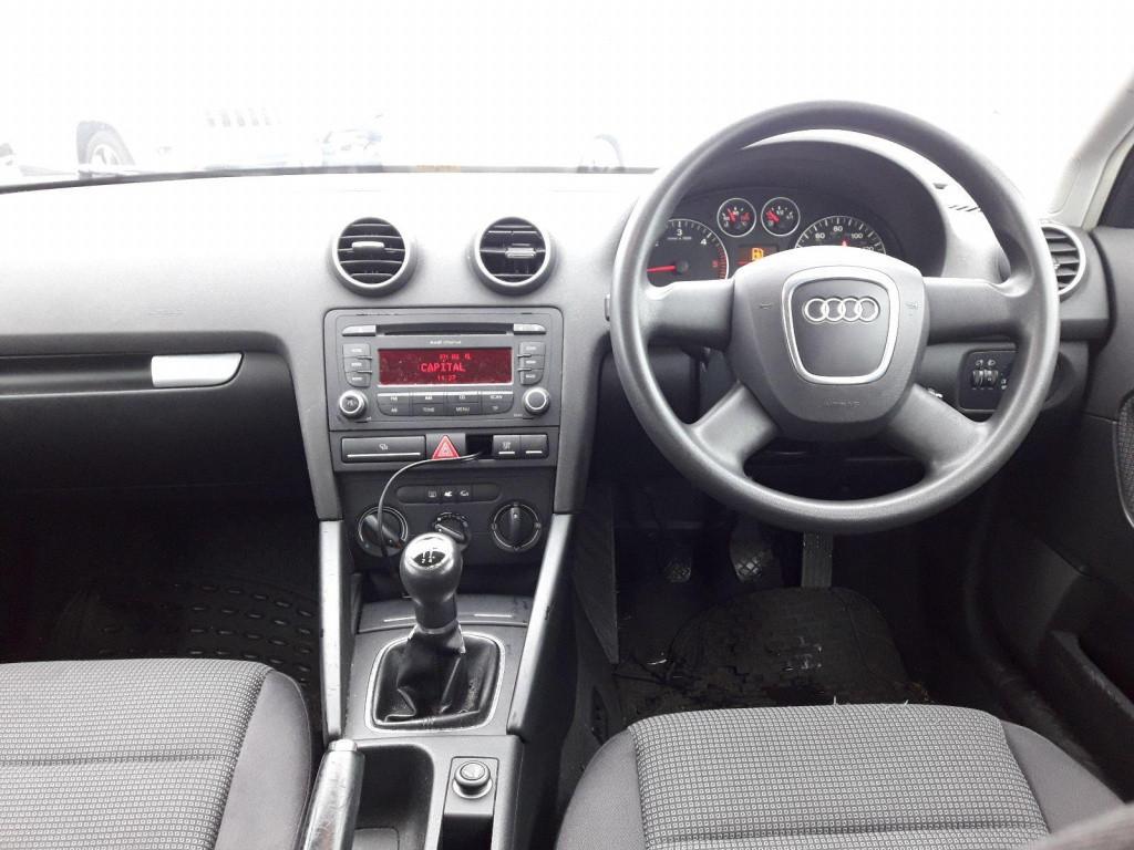 Racitor gaze Audi A3 8P 2008 hatchback 1.9
